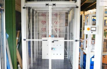Monte-charge automatisé composants électriques